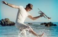 Rick Braun consigue el #1 en la lista de álbumes Contemporary Jazz, con 'Around The Horn'
