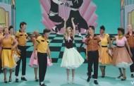 Miley Cyrus estrena su vídeo 'Younger Now', su oda al rock de los 50